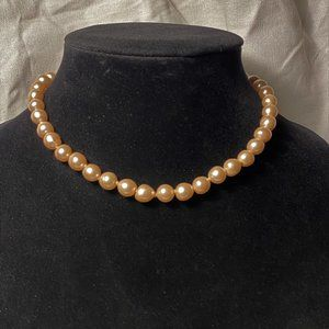 Nice Vintage Faux Peach Pearl Choker Necklace